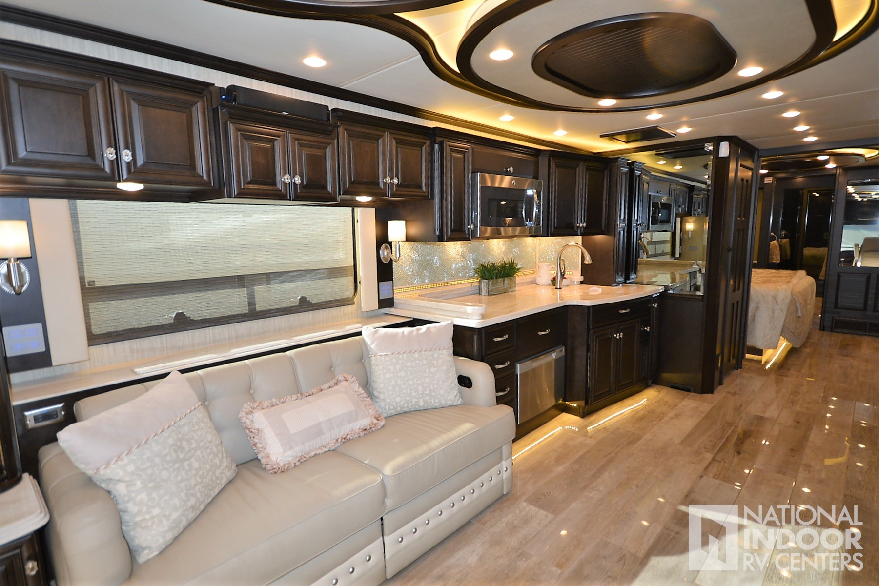 National Indoor Rv Centers Used 2017 Newmar Essex Dallas