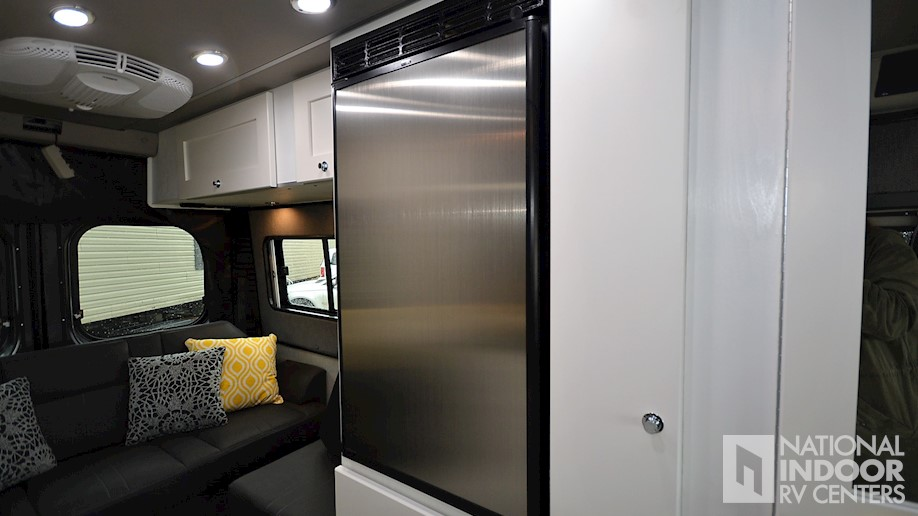 National Indoor RV Centers | New 2018 Roadtrek Zion Srt ...